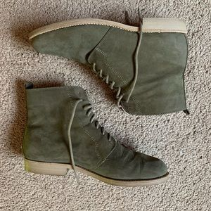 Green Suede/Leather Ellemeno Boots SZ 7.5